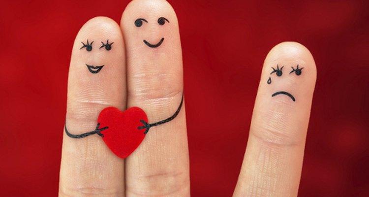 O ciúme raramente é agradável, por isso você deve reconhecê-lo e evitá-lo