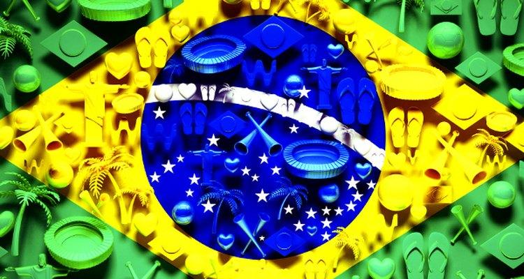 Mais de cem anos atrás, o futebol chegou ao Brasil, de forma tímida, trazido por um estudante que retornava ao País