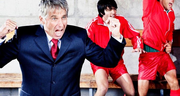 Ser treinador de um clube de futebol da elite da Europa é uma ocupação lucrativa