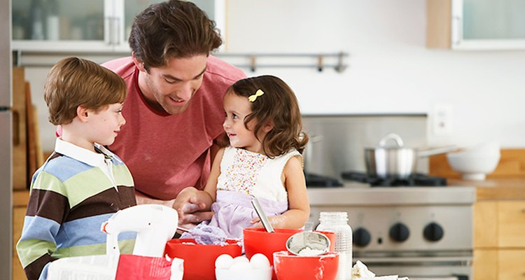 Reduce las peleas en casa permitiendo que los niños tomen turnos.