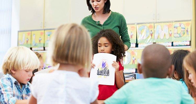 """El juego """"show and tell"""" ayuda a que los niños aprendan habilidades importantes."""