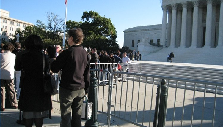 A line forms, the U.S. Supreme Court, an oral argument