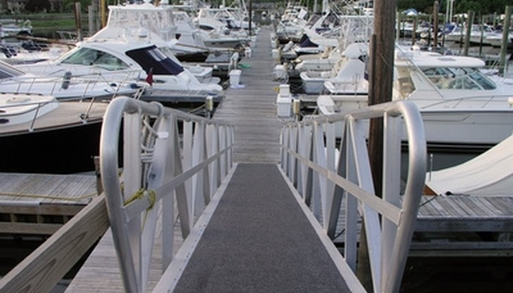 A wheelchair ramp to a boating dock must meet requirements.