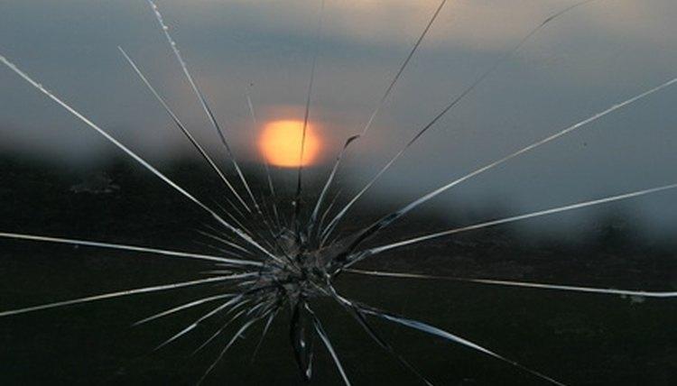 California Laws On A Cracked Windshield Legalbeagle Com
