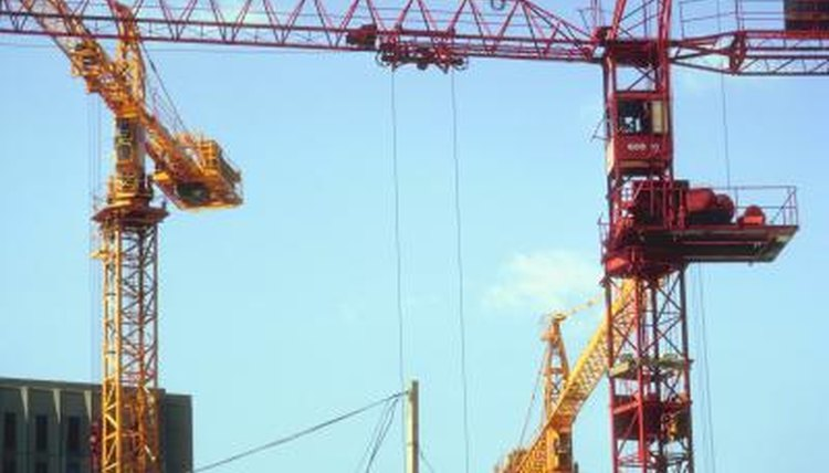 Though licensing is issues by states, hoisting equipment operators should be familiar with federal machinery regulations as well.