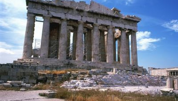 The Parthenon is an example of Doric architecture to make using cardboard.