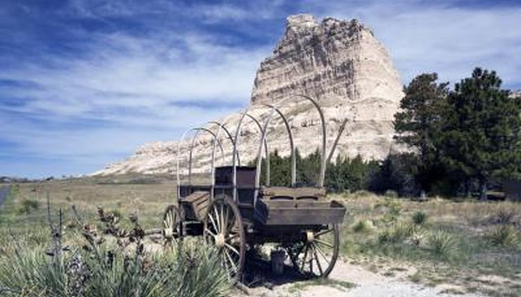 Pioneer wagon on the Oregon trail in Wyoming