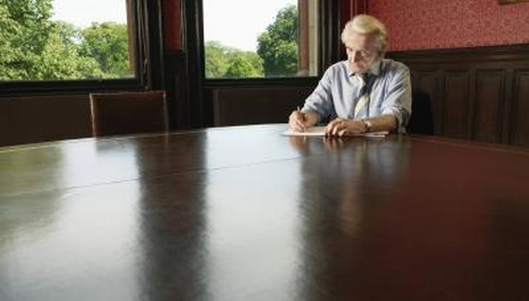 If a person dies without a will, the court appoints an administrator to manage his estate.