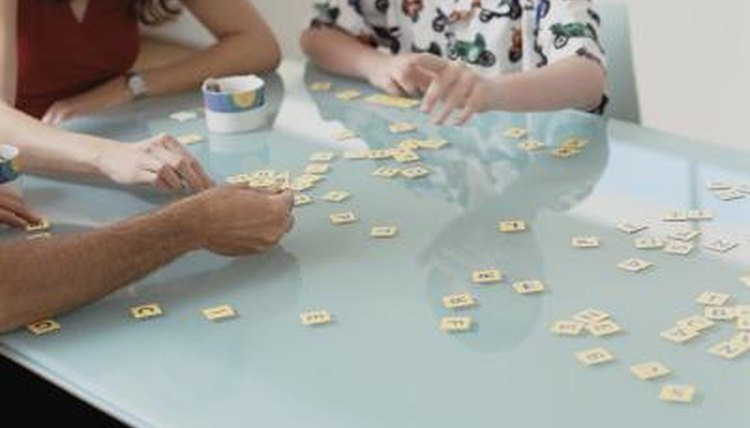 Games help English students remember new vocabulary more easily.