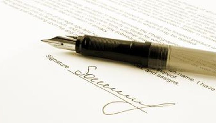 Last will, testament, signature, pen