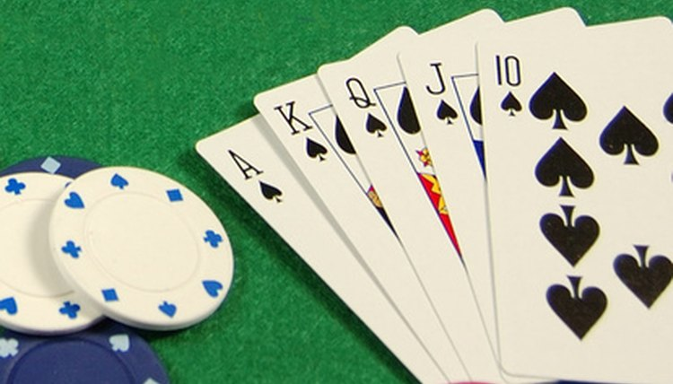 qualifications for a casino dealer career trend