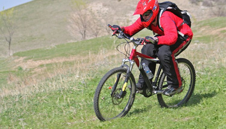 How to Raise the Handle Bars on a Huffy Bike