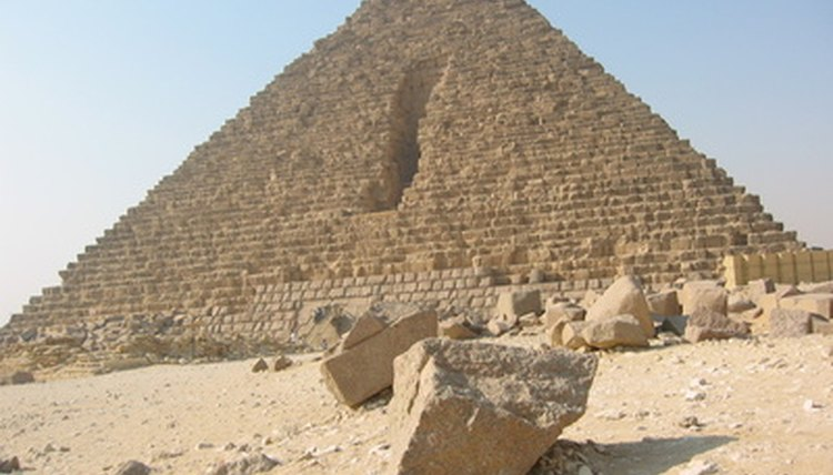 Some believe the Great Pyramid of Giza took 100,000 men 20 years to build.