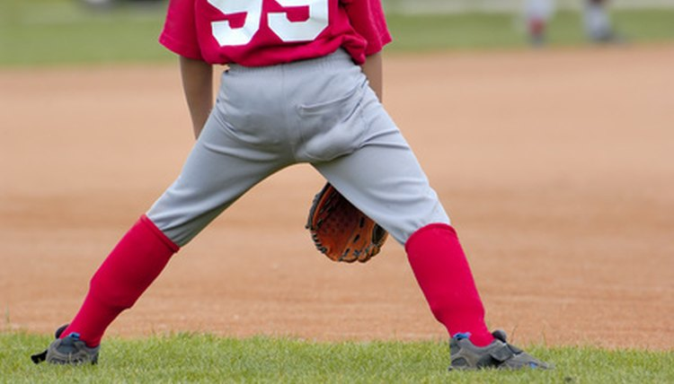 How to Wear Baseball Pants