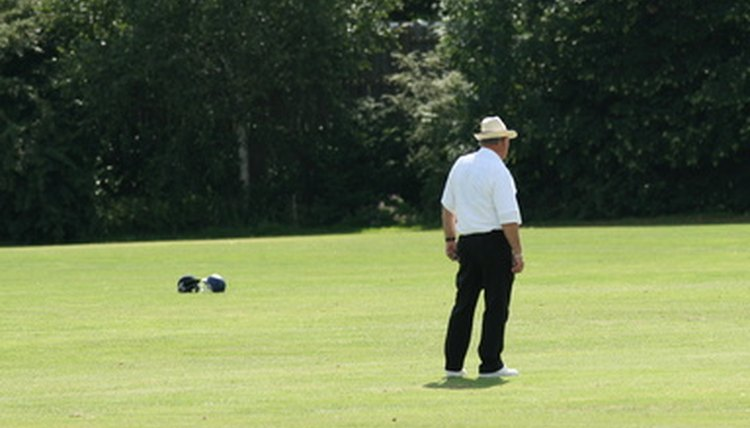 How to Become an International Cricket Umpire