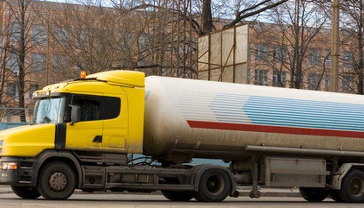 Job Description of a Tanker Driver | Career Trend