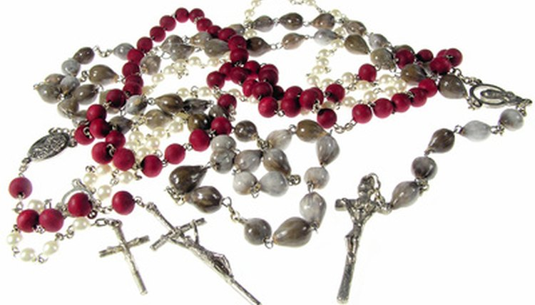 A rosary is a fitting wedding gift for Catholic weddings.