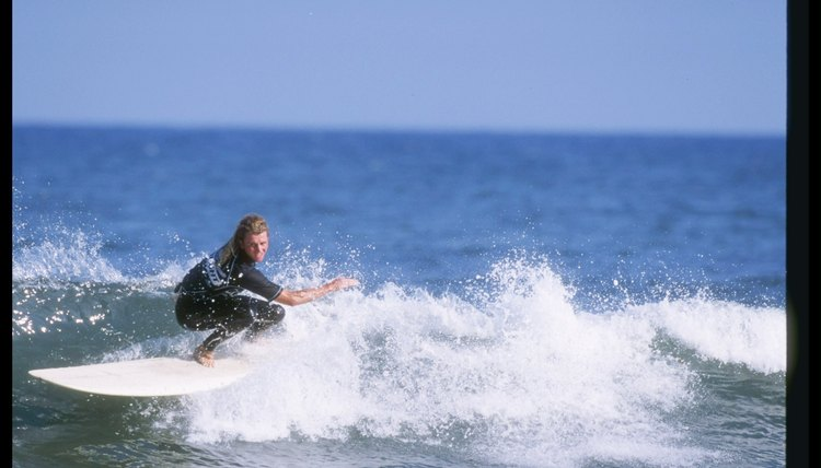 How to Properly Ride a Longboard for Surfing