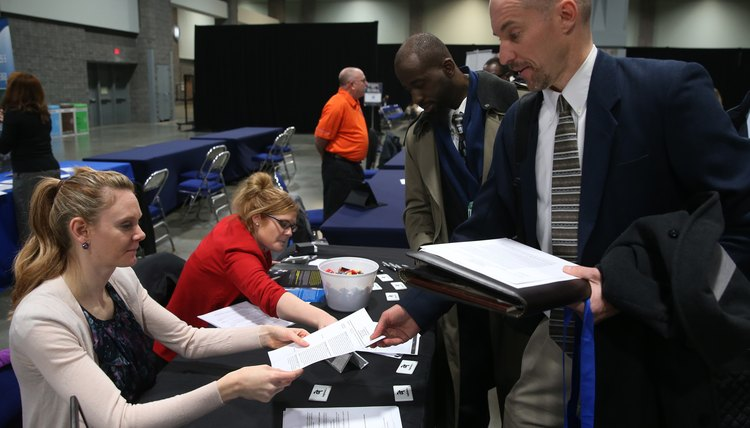US Chamber Of Commerce Sponsors Job Fair For Veterans