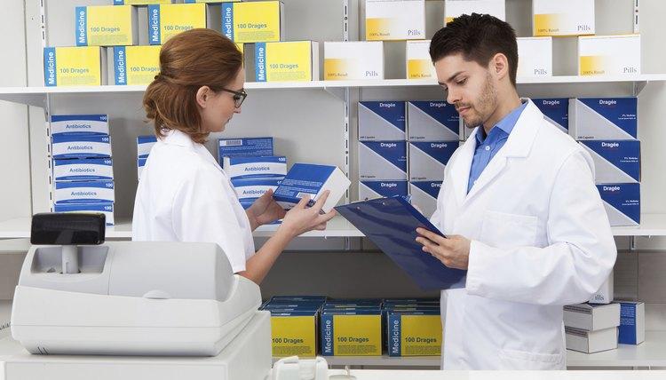 pharmacy clerk job description