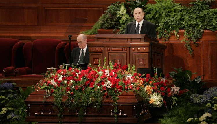 Mormon Church President Thomas S. Monson speaks at a funeral.