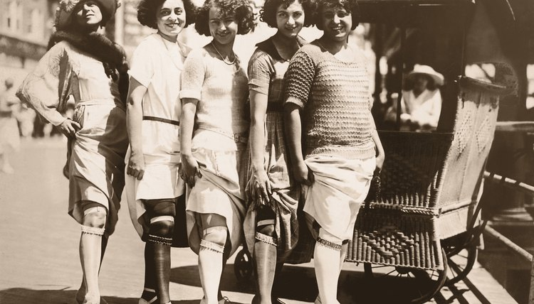 Experimenting with fashion and flaunting independence was a  hobby for many 1920s women.