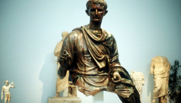 This ancient statue shows Caesar Augustus wearing tunic and mantle in the Roman style.