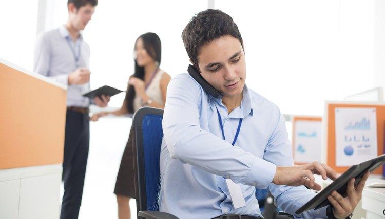 Duties Of Office Assistants Career Trend