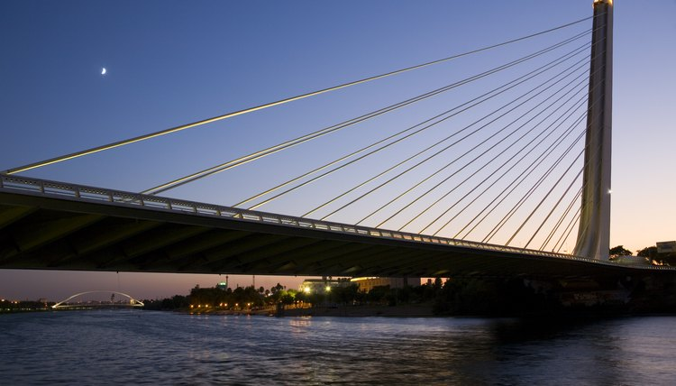 The modern Puente del Alamillo bridge was completed in 1992 after a design by Santiago Calatrava.