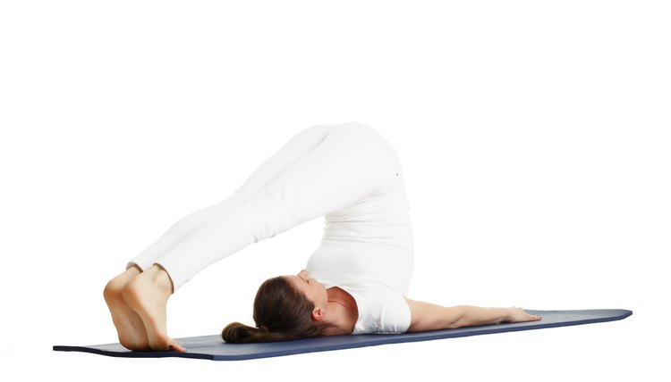 Poses & Benefits of Bikram Yoga