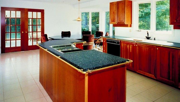 Debido a que están hechos de piedra, los pisos de granito son increíblemente resistentes y duraderos.