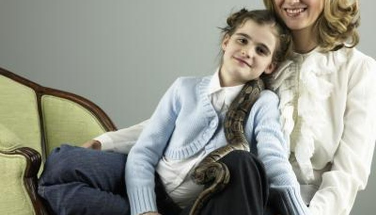 Why Won't My Snake Eat His Mouse? | Animals - mom me