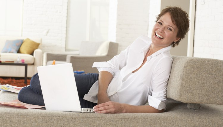 Visitors might find your blog via a search engine or a friend, so provide a way for them to keep up with your blog.