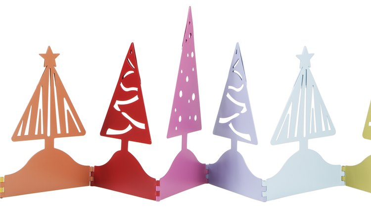 Simple Christmas crafts can be used as a learning tool in the classroom.