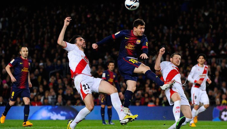 The Advantages of Short Soccer Players