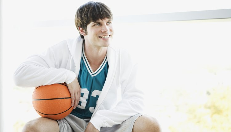 Use of a Basketball Knee Sleeve