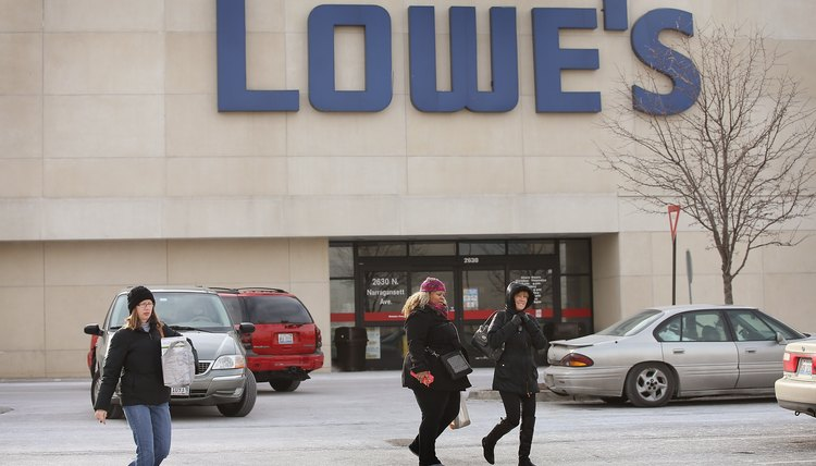 Home Improvement Big Box Store Lowe's Expected To Hire 45,000 Seasonal Workers