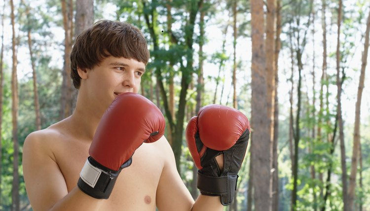 Boxing Jabs That Tear Rotator Cuffs & Ligaments