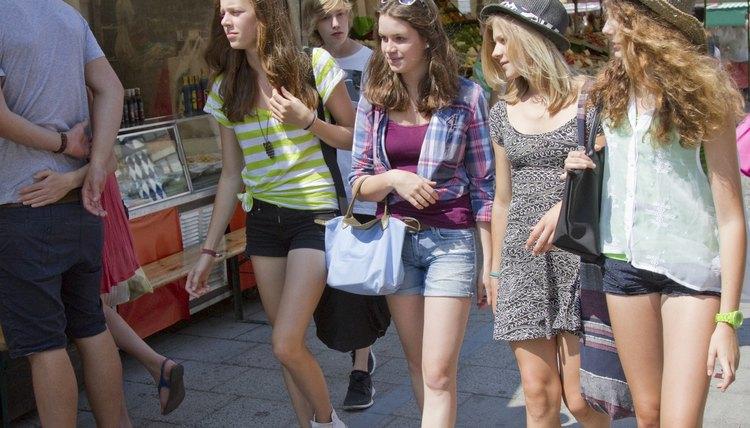 Image of European girls wearing modern clothing.