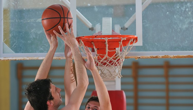 What Are Some Advanced Basketball Moves When Driving to the Basket?