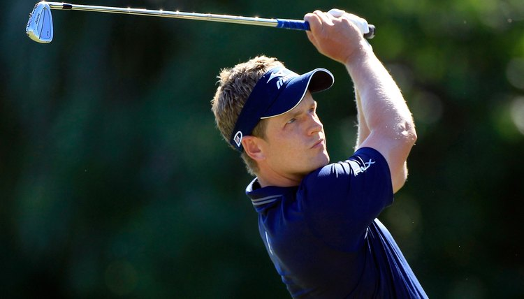Tour pro Luke Donald shows his form with Mizuno irons.