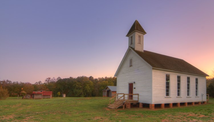There are both Southern Baptist and Free Will Baptist churches in many southern states.