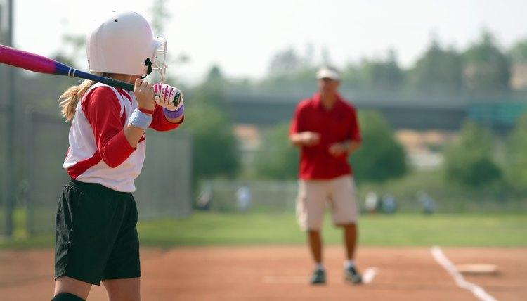 Softball Drills & Coaching Tips for Kindergarten