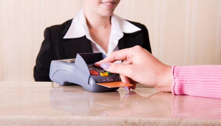 Hotel Cashier Job Description | Career Trend