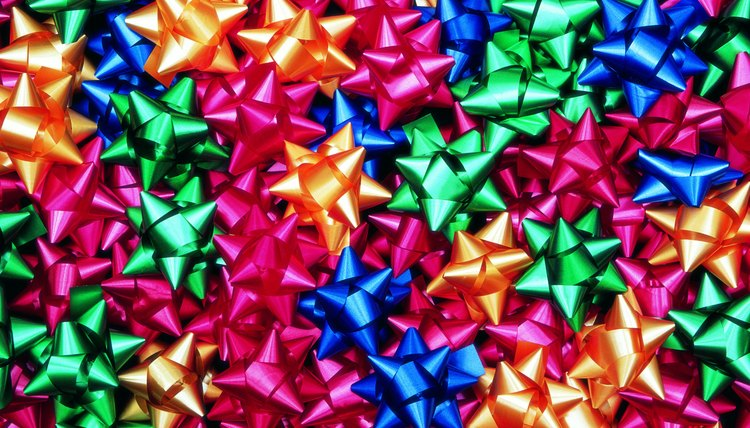 Easy and beautiful, bow collages are bursting with Christmas color