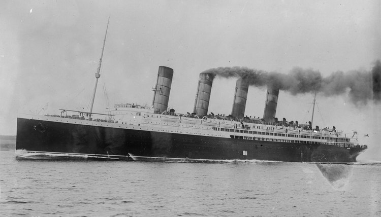 The RMS Lusitania was sunk by a German submarine on May 7, 1915.