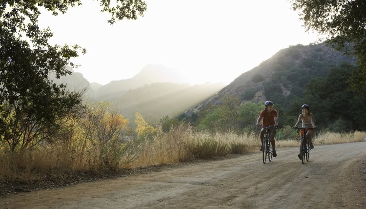 Who Manufactures Diamondback Bicycles?