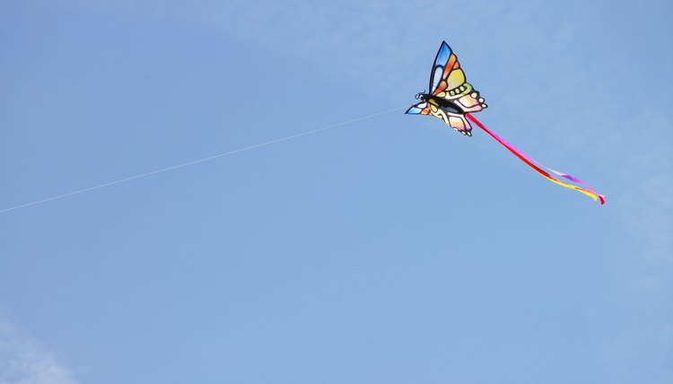symbolism of the kites kite runner The kite serves as a symbol of amir's happiness as well as his guilt flying kites is what he enjoys most as a child, not least because it is the only way that he connects fully with baba, who was once a champion kite fighter.