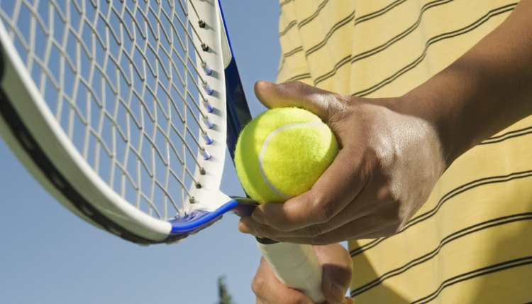 How to Reduce the Grip Size of Tennis Rackets