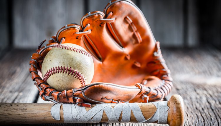 What Size Softball Glove to Use for Infield